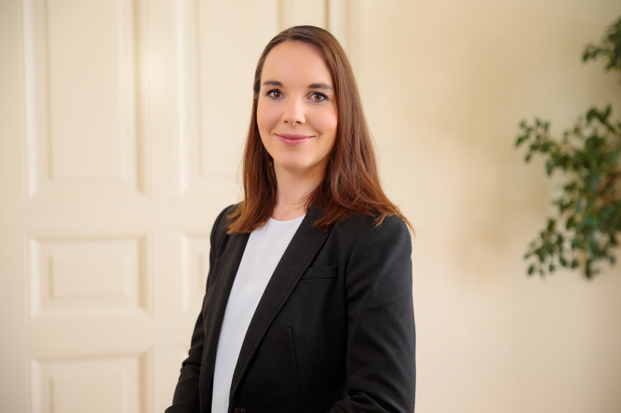 Laura Schunder